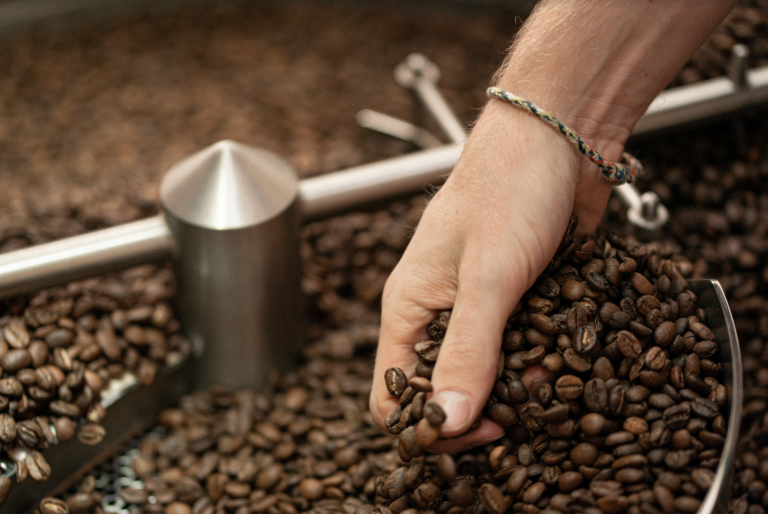 The Roaster's Practical Guide to Coffee Blending