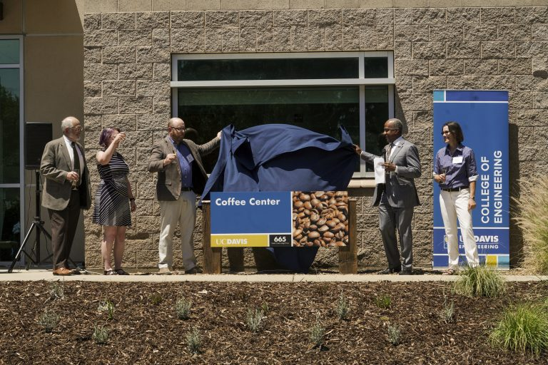 UC Davis College of Engineering Dean, UC Davis Chancellor, Professors Ristenpart, Batali and Kuhl, unveil the coffee center's new sign